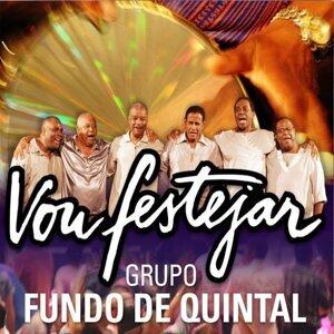 Grupo Fundo De Quintal