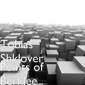 Tobias Shklover アーティスト写真