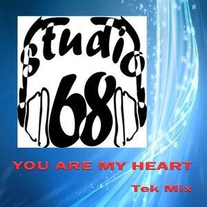 Studio 68 (feat. Cristina) 歌手頭像