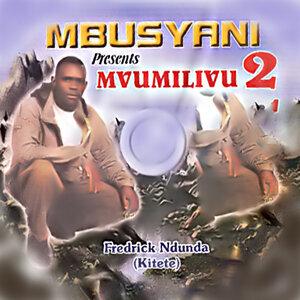 Fredrick Ndunda アーティスト写真