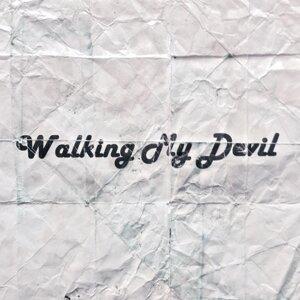 Walking My Devil アーティスト写真