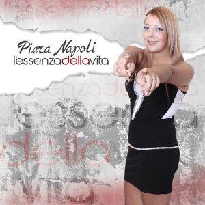 Piera Napoli 歌手頭像