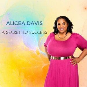 Alicea Davis 歌手頭像