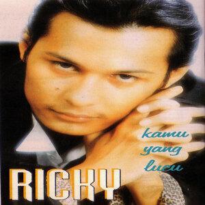 Ricky Dores 歌手頭像