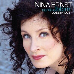 Nina Ernst 歌手頭像