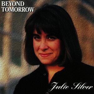 Julie Silver 歌手頭像