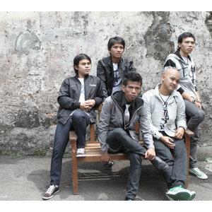 Motif Band