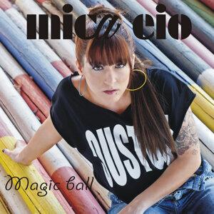 Mica Eio 歌手頭像