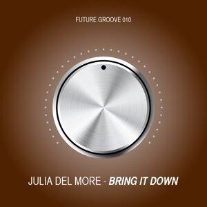 Julia Del More 歌手頭像