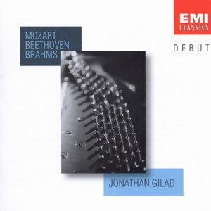 Jonathan Gilad (強納森‧吉勒) 歌手頭像