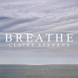 Claire Stevens 歌手頭像