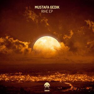 Mustafa Gedik 歌手頭像