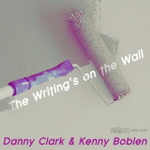 Danny Clark & Kenny Bobien 歌手頭像