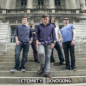 Eternity Knocking 歌手頭像