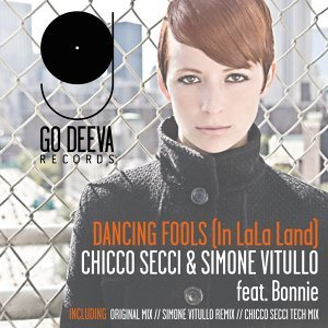 Chicco Secci, Simone Vitullo 歌手頭像