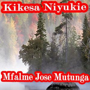 Mfalme Jose Mutunga 歌手頭像