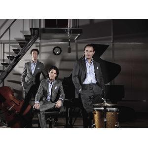 European Jazz Trio (歐洲爵士三重奏) 歌手頭像