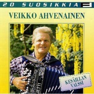 Veikko Ahvenainen アーティスト写真