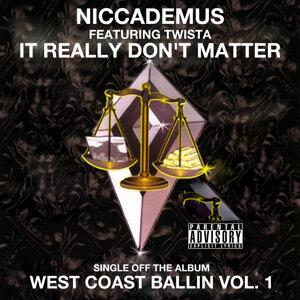 Niccademus 歌手頭像