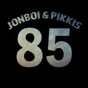 Jonboi & Pikkis
