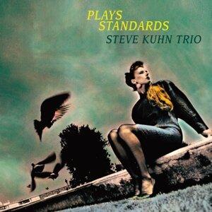 Steve Kuhn Trio 歌手頭像