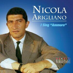 Nicola Arigliano 歌手頭像