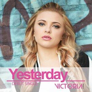 Victoria Trinetti 歌手頭像