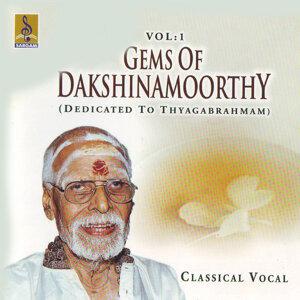 V.Dakshinamoorthy 歌手頭像