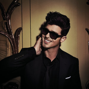 Robin Thicke Artist photo