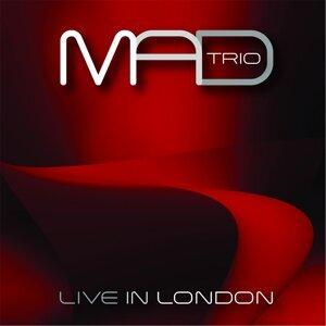 Mad Trio 歌手頭像