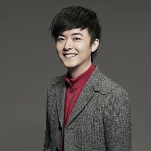 洪卓立 (Ken Hung)