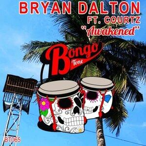 Bryan Dalton, Courtz 歌手頭像