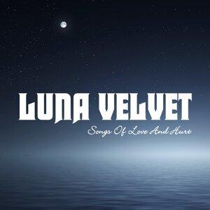 Luna Velvet 歌手頭像