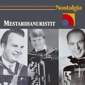 Nostalgia / Mestarihanuristit 歌手頭像