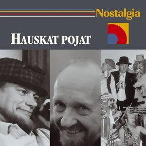 Nostalgia / Hauskat pojat アーティスト写真