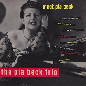 The Pia Beck Trio 歌手頭像