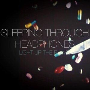Sleeping Through Headphones 歌手頭像