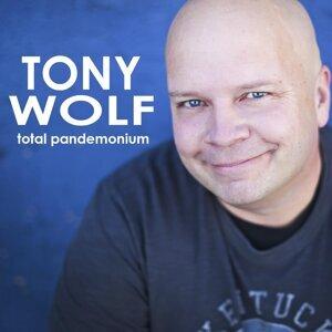 Tony Wolf 歌手頭像