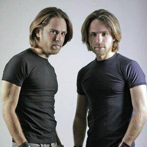 Twins AG 歌手頭像