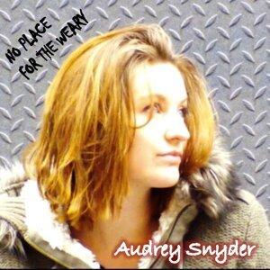 Audrey Snyder 歌手頭像