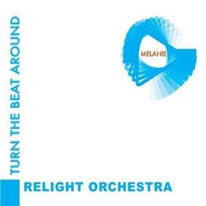 Relight Orchestra, Melanie 歌手頭像