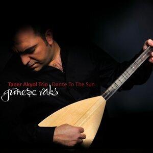 Taner Akyol 歌手頭像