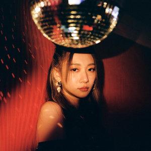 吳卓源 (Julia Wu) 歌手頭像