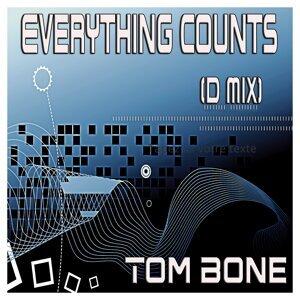 Tom Bone 歌手頭像