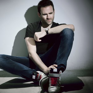 Gareth Emery (葛瑞艾莫)