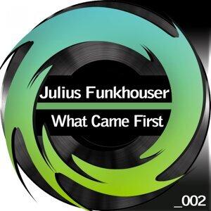 Julius Funkhouser 歌手頭像