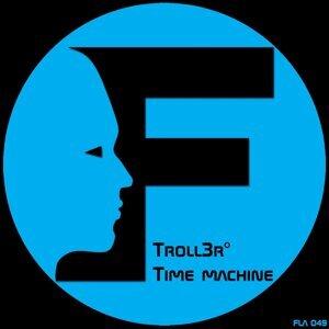TrOLL3R
