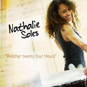 Nathalie Soles 歌手頭像