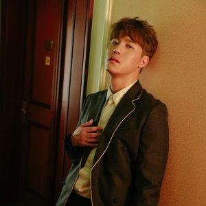 李賢 (Lee Hyun) 歌手頭像