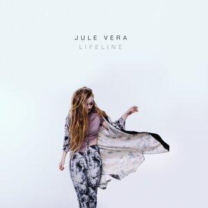 Jule Vera 歌手頭像